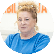 Justyna Maciejewska zdjęcie kobiety specjalisty OLMED