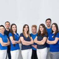 zdjęcie grupowe zespołu rehabilitacyjnego OLMED